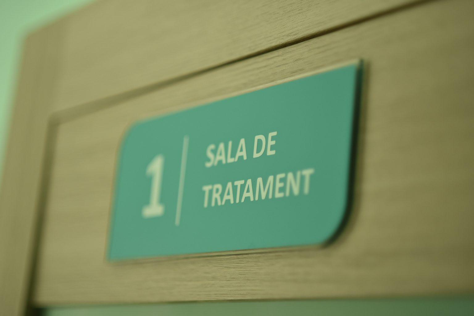 servicii-stomatologice-botanica-chisinau-1536×1025